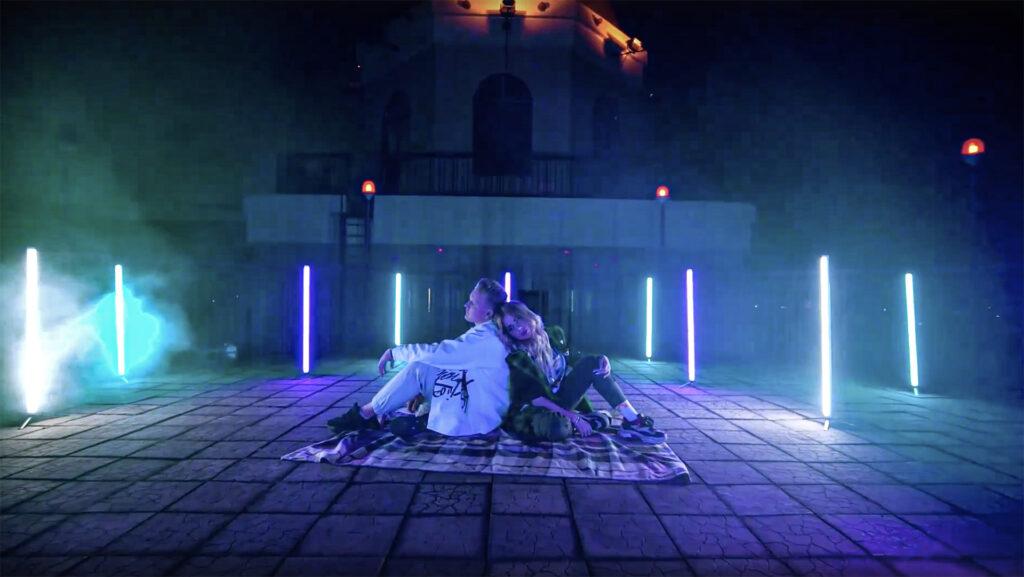 Не Смогу — кадр из видеосниппета песни
